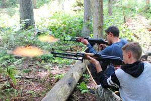 Стрельба холостыми патронами в детском лагере